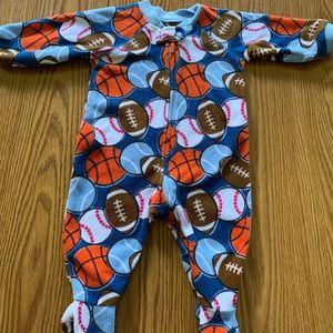 Children's Place baby pajamas 3-6 months (EUC)
